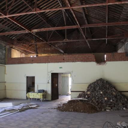 Salle paroissiale grande salle vu sur 1er étage